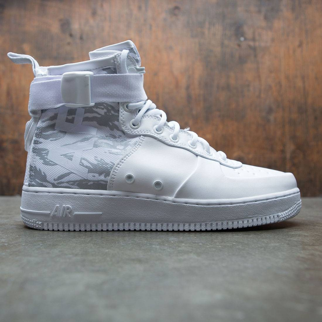 wholesale dealer cceb5 17c26 Nike Men Sf Air Force 1 Mid Premium Boot (white / white-white)