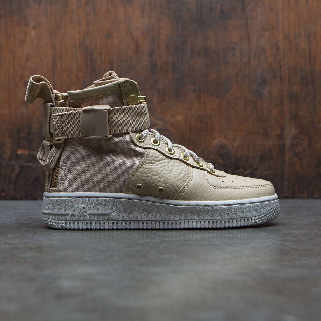 reputable site 00e33 619a1 Nike Women Sf Air Force 1 Mid (tan / mushroom-light bone)
