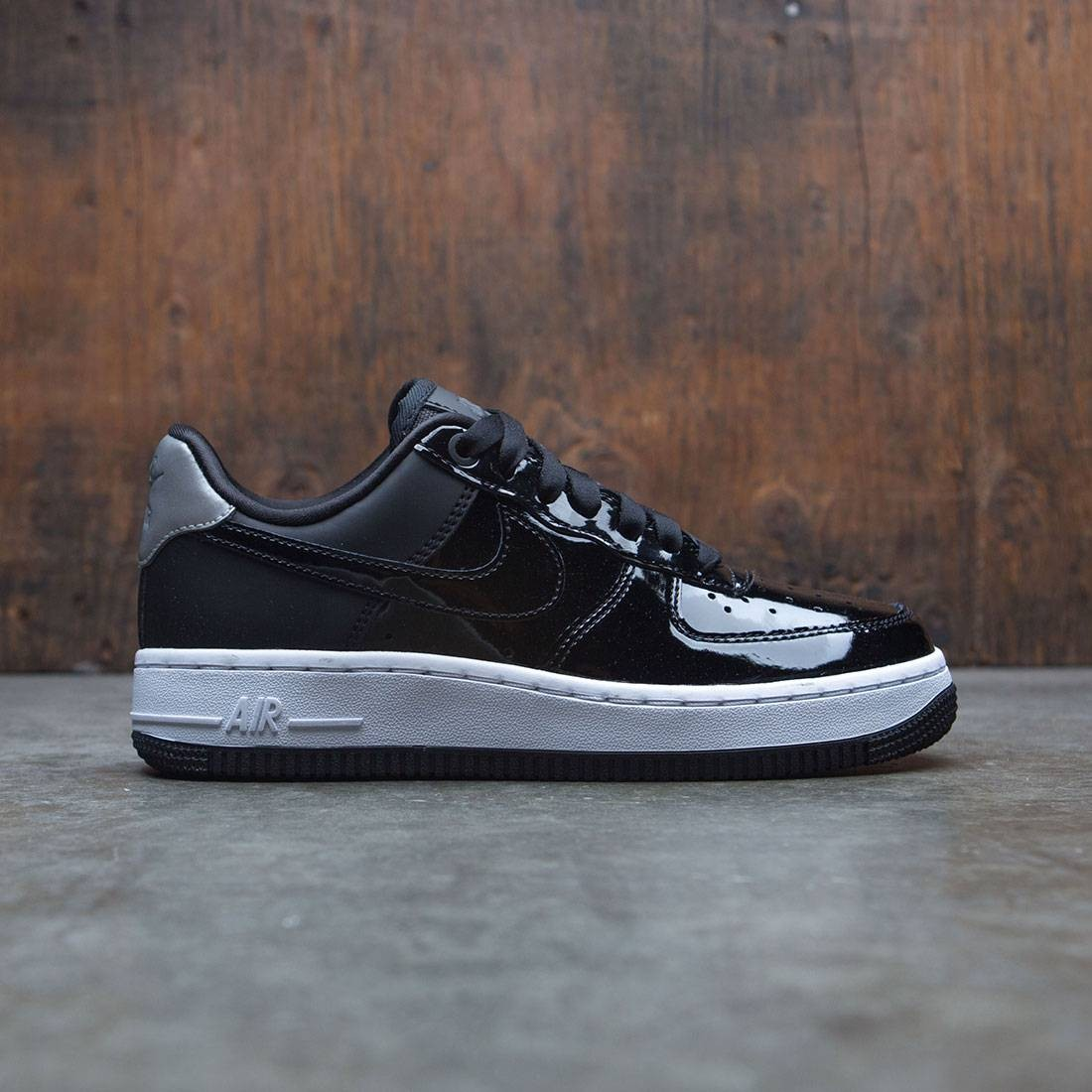 a3cdf7cfdab4 nike women air force 1  07 se premium black black reflect silver