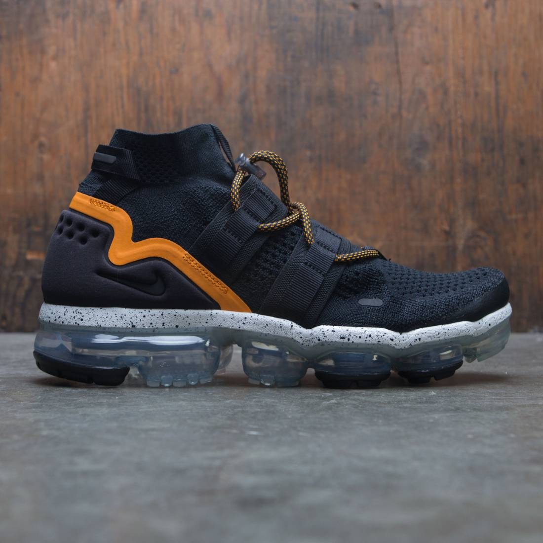 6e8313e712c0f nike men air vapormax fk utility black black orange peel