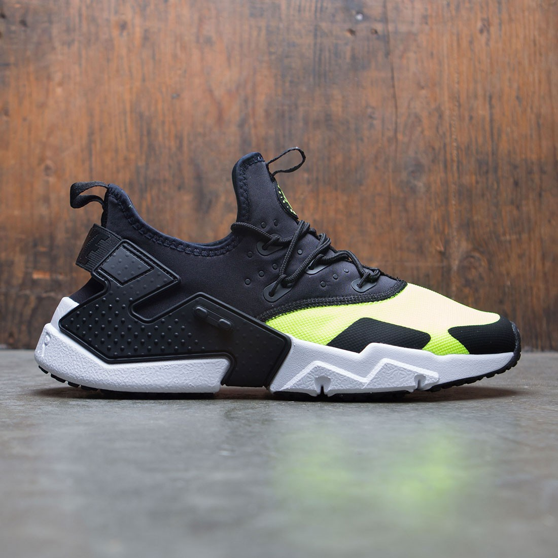 new product 65c76 04e04 nike men air huarache drift volt black white