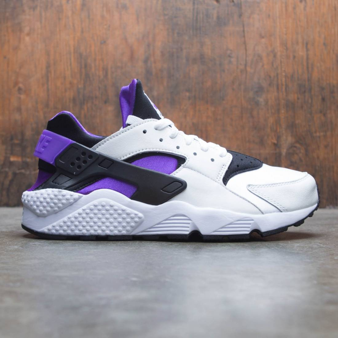 quality design af3d7 00f83 Nike Men Air Huarache Run 91 Qs (black / purple punch-black-white)