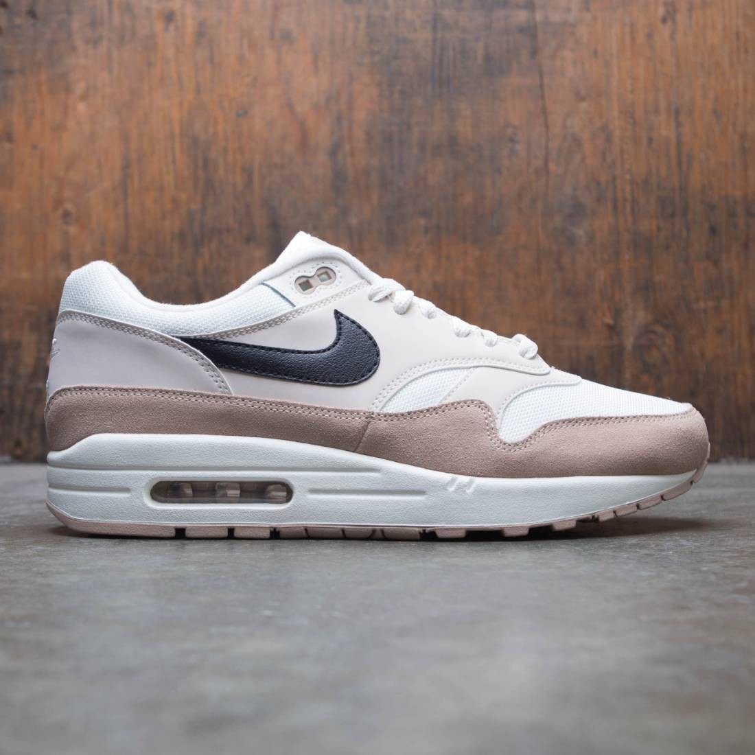Nike Men Air Max 1 (sand / black-desert sand-sail)
