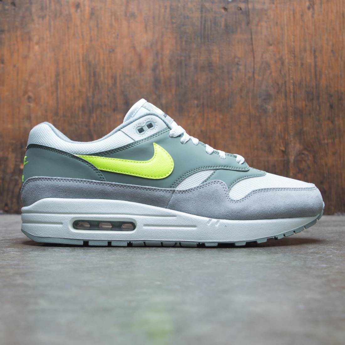 reputable site 7c699 3a4fe Nike Men Air Max 1 (mica green / volt-clay green-barely volt)