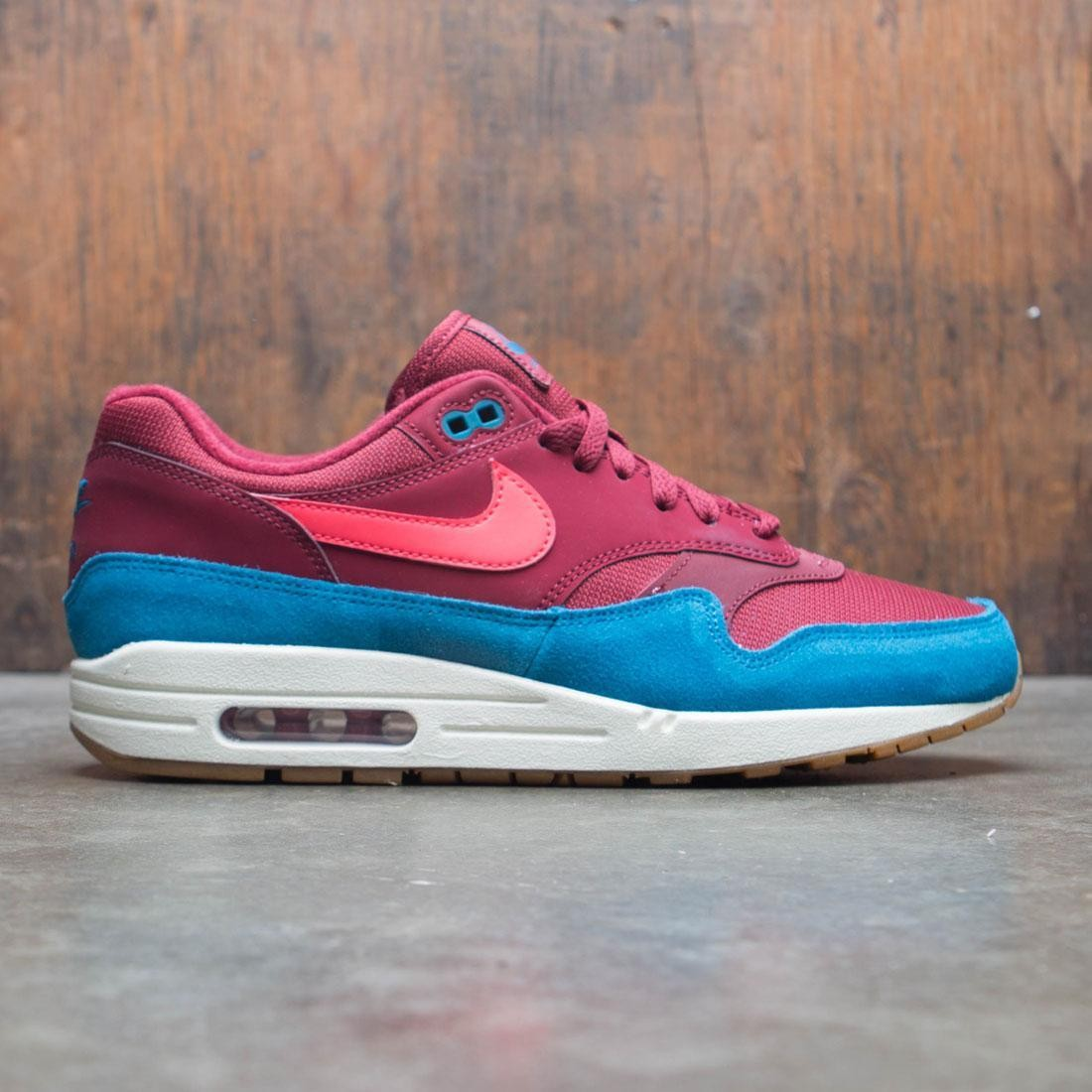 amazing price official images unique design Nike Men Air Max 1 (team red / red orbit-green abyss-white)