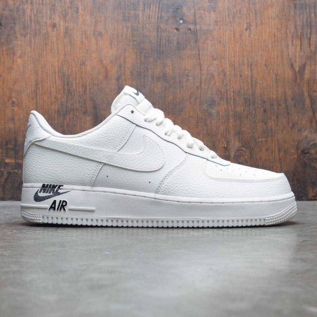 competitive price 26c28 f0aad nike men air force 1 07 leather sail sail black