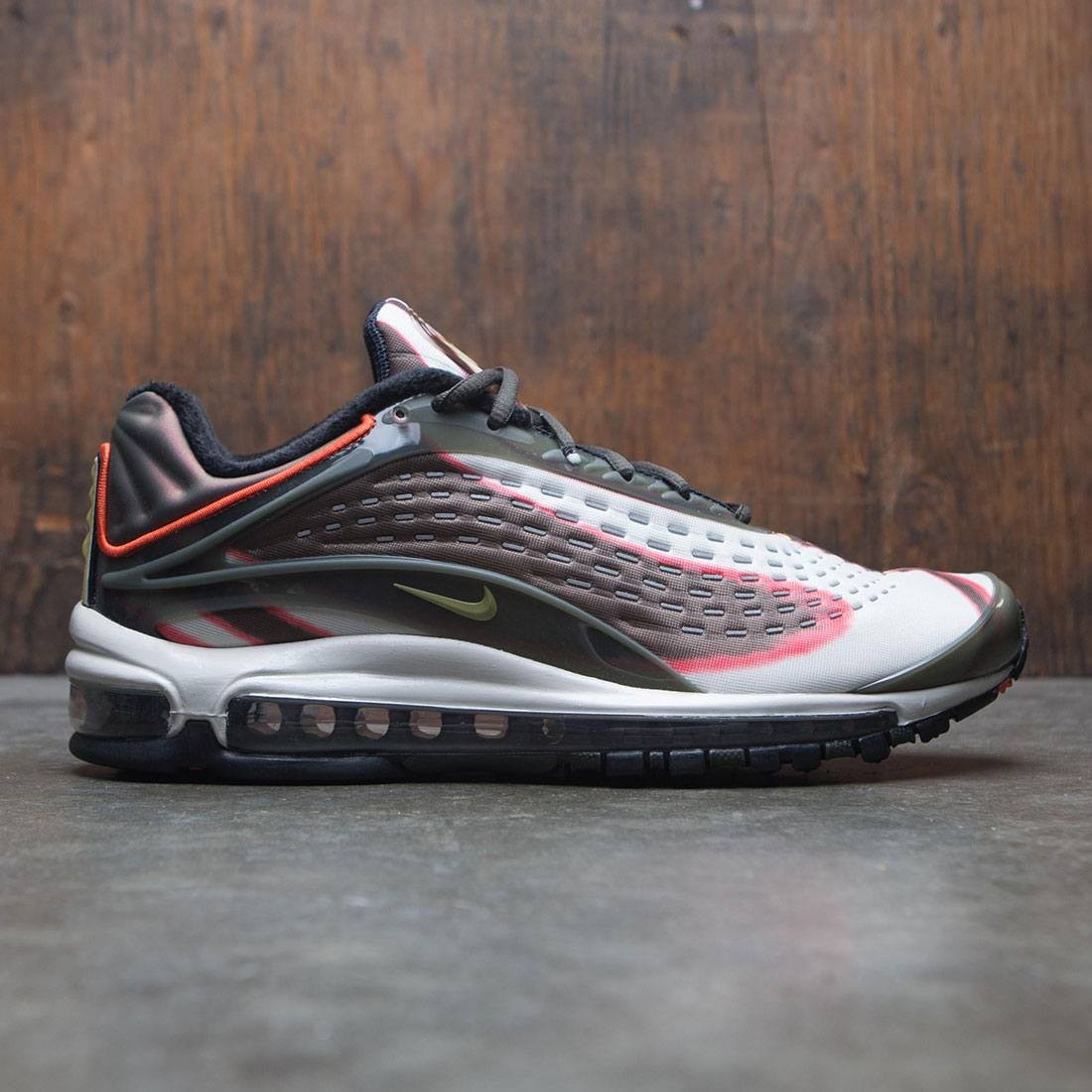 Nike Men Air Max Deluxe (sequoia / camper green-team orange-black)