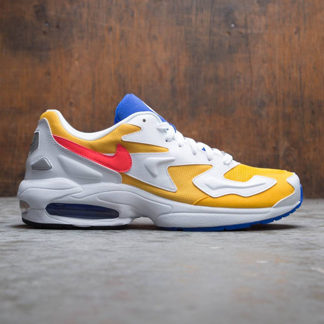 279eb4945b nike men air max2 light university gold flash crimson racer blue