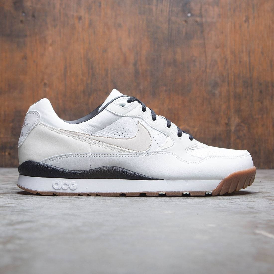 Nike Men Air Wildwood Acg (summit white / lt orewood brn-sail)
