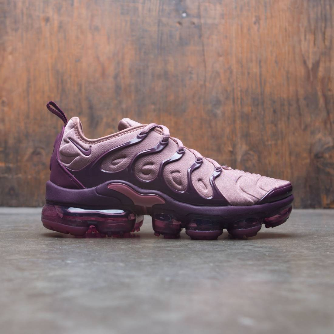 4ad6dd1a6b nike women air vapormax plus smokey mauve bordeaux vintage wine black