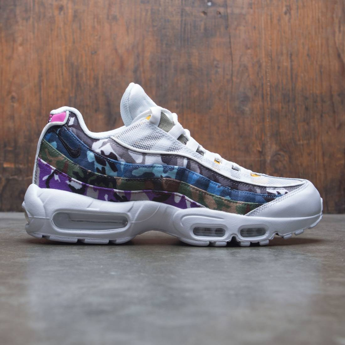 Nike Men Air Max 95 Erdl Party (white multi color)