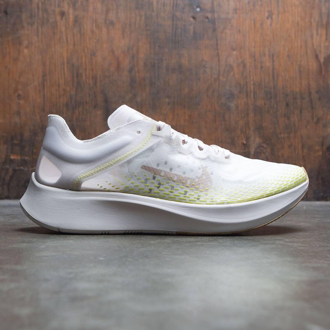 Nike Men Zoom Fly Sp Fast (lt orewood brn elemental gold)