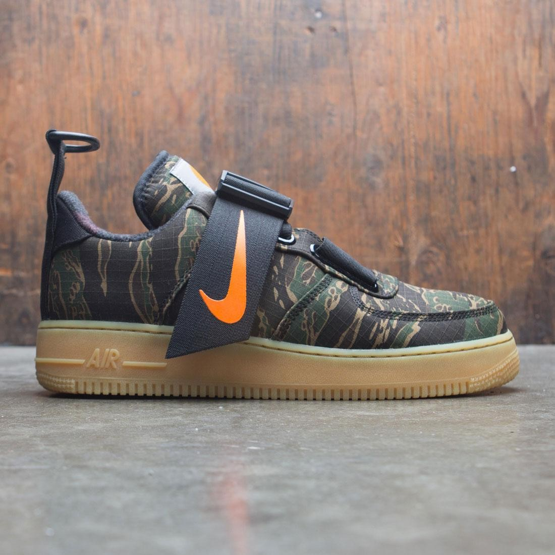 Nike x Carhartt Men Air Force 1 Ut Low Prm Wip (camo green / total orange-gum light brown)
