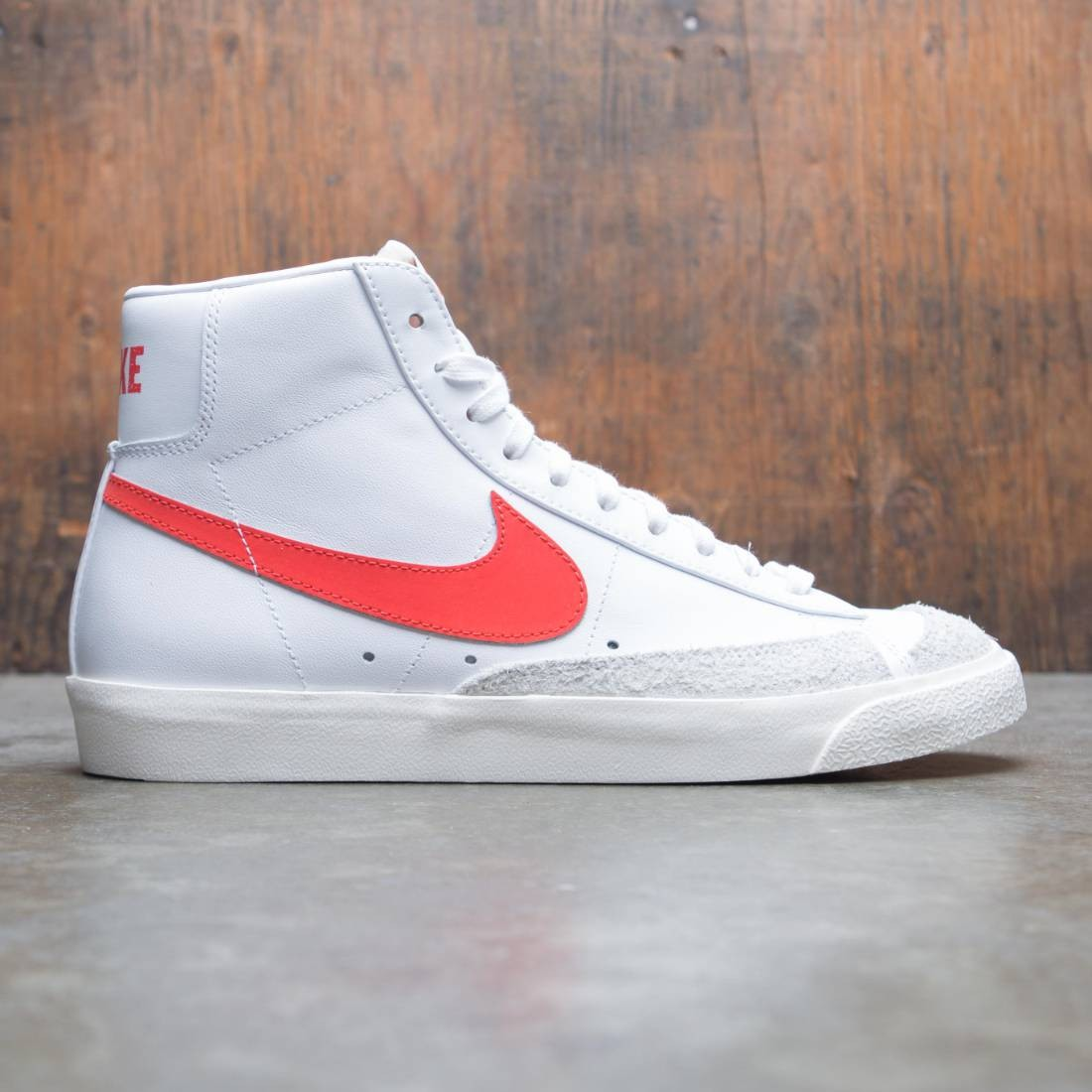 nike men blazer mid '77 vintage habanero red sail white