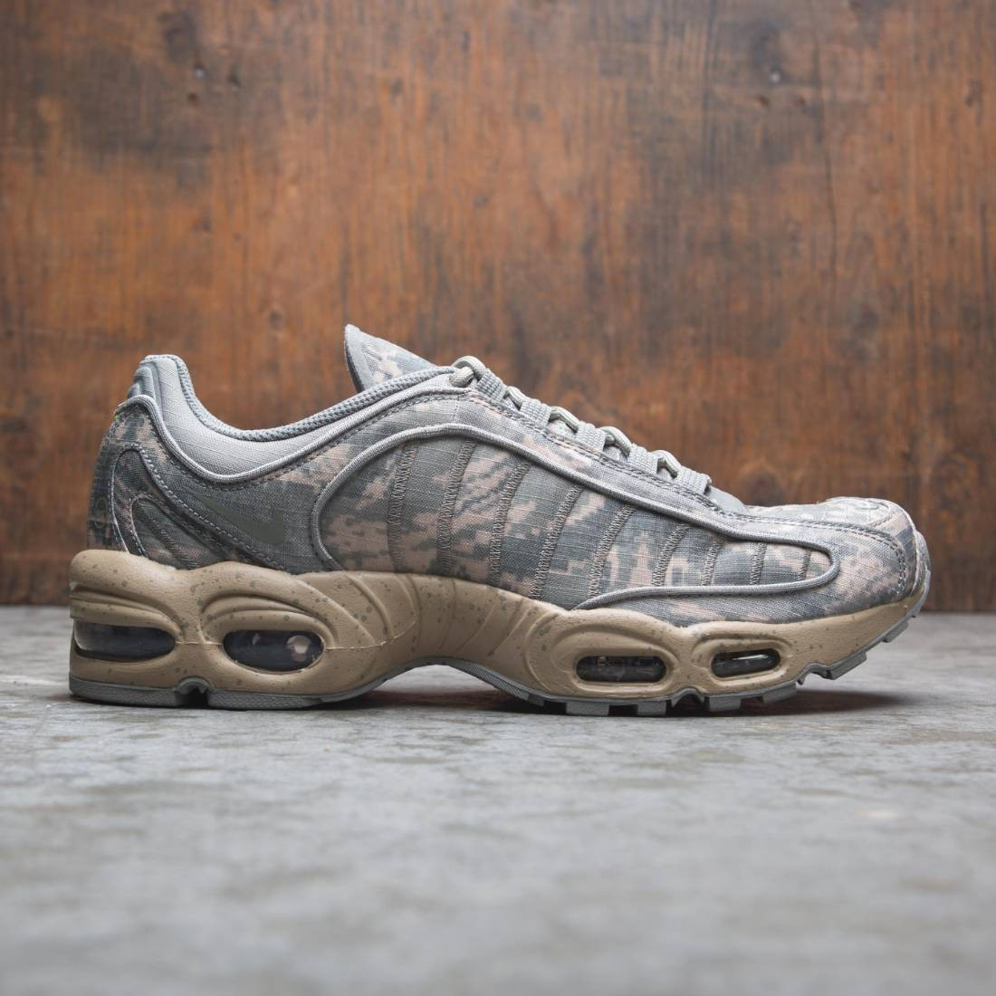 Nike Men Air Max Tailwind Iv Sp (dark stucco / sandtrap-flat zinc)