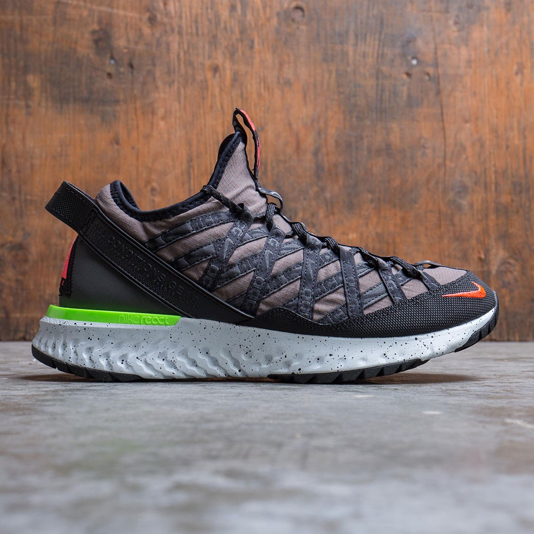 Nike Men Acg React Terra Gobe (ridgerock / flash crimson-black)
