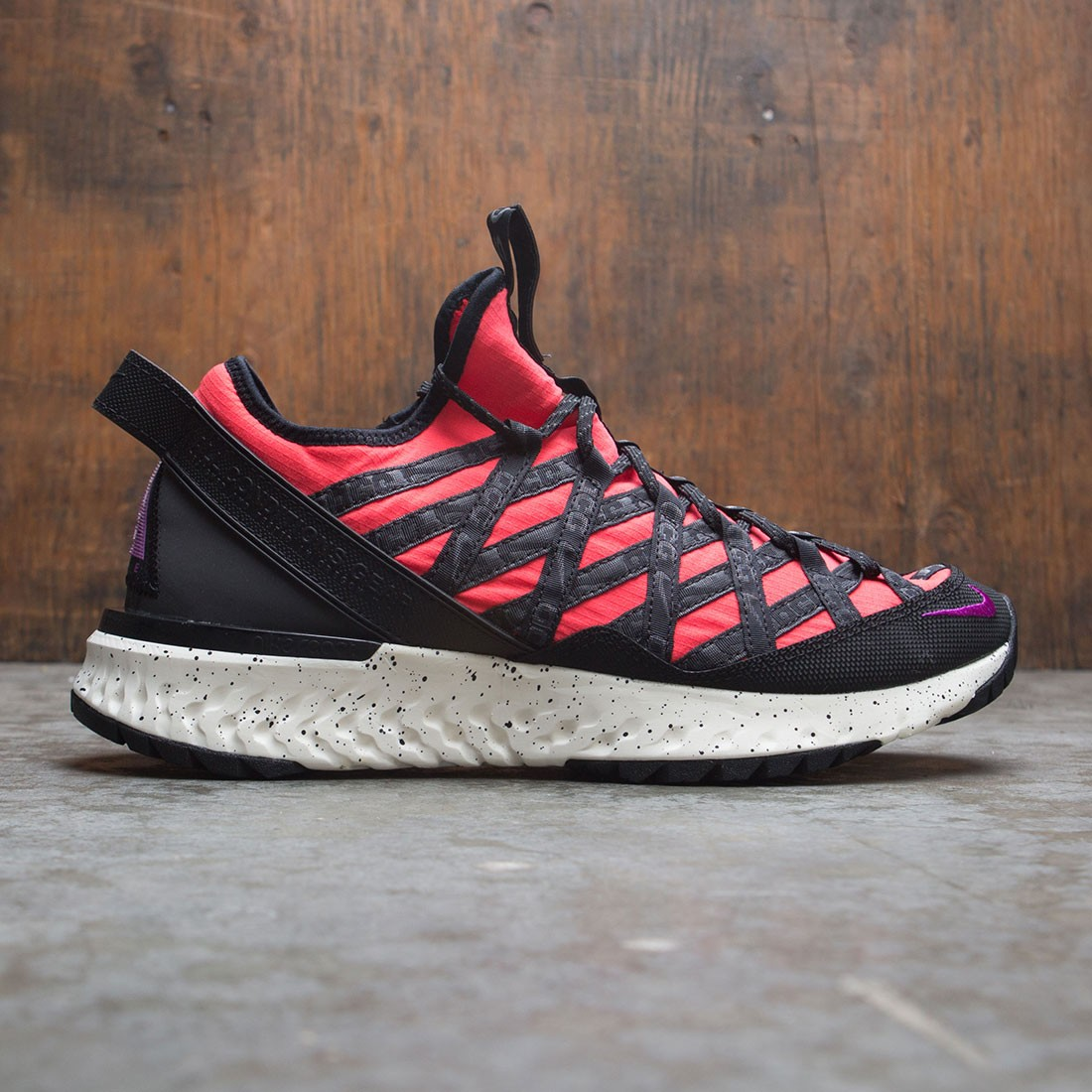 Nike Men Acg React Terra Gobe (bright crimson / vivid purple-sail)