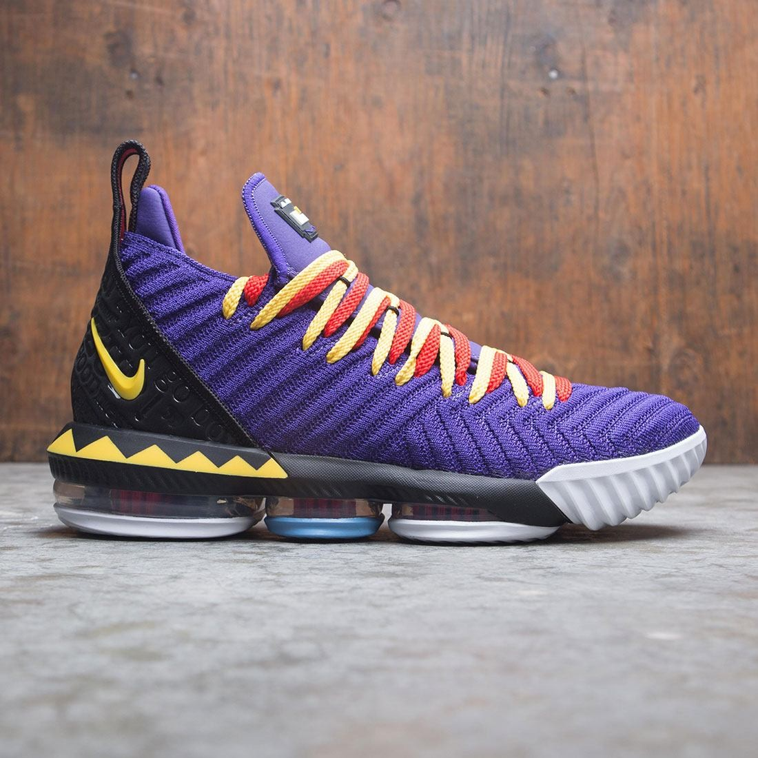 new concept cc560 3f07a Nike Men Lebron Xvi Martin court purple tour yellow comet red