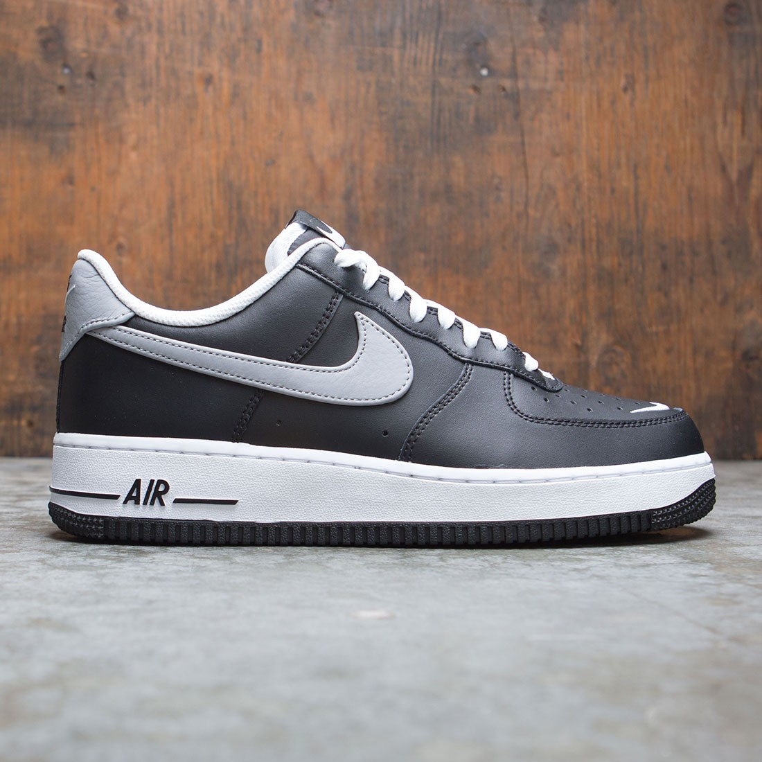 Nike Men Air Force 1 07 Lv8 (black wolf grey white)