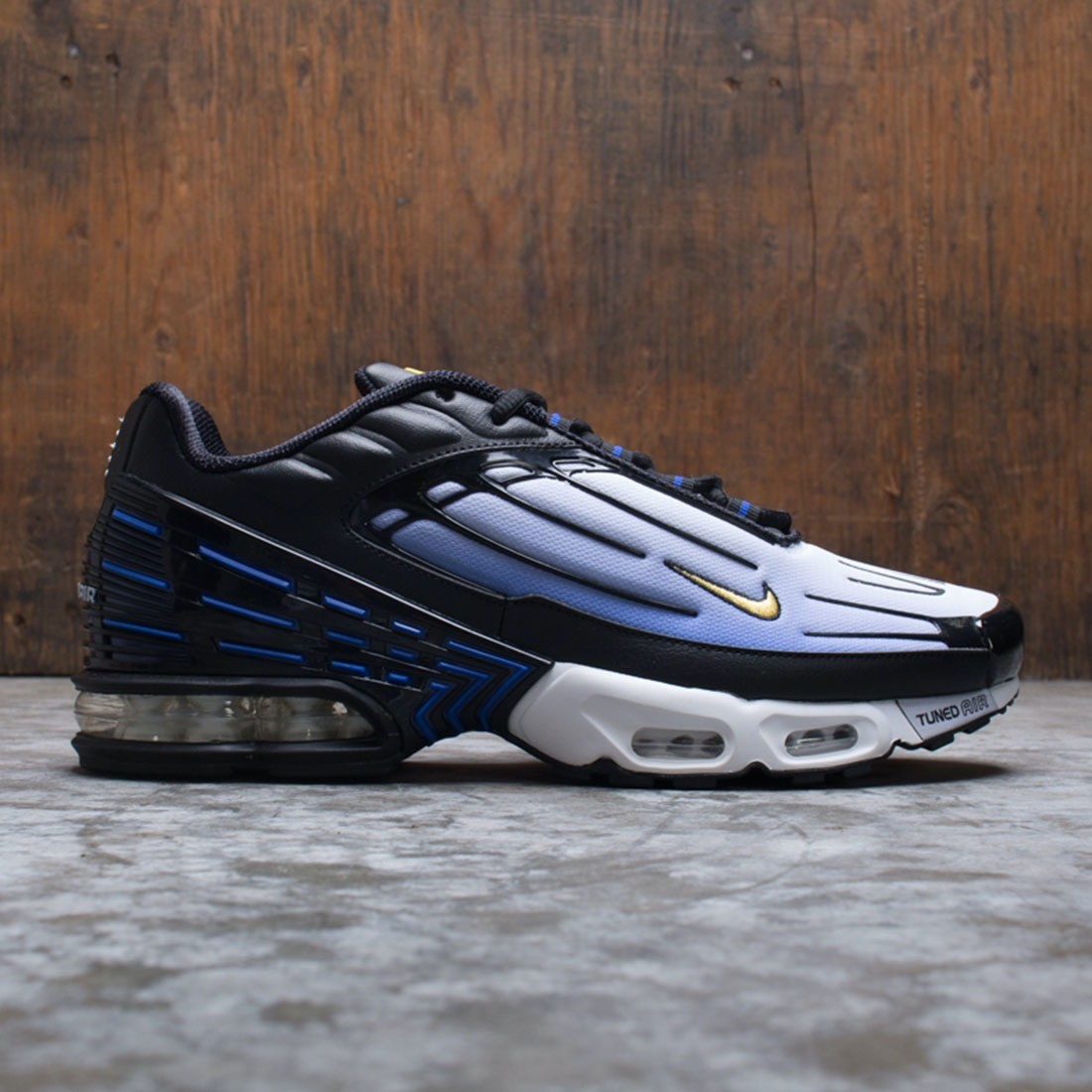 Nike Men Air Max Plus Iii (black chamois hyper blue white)
