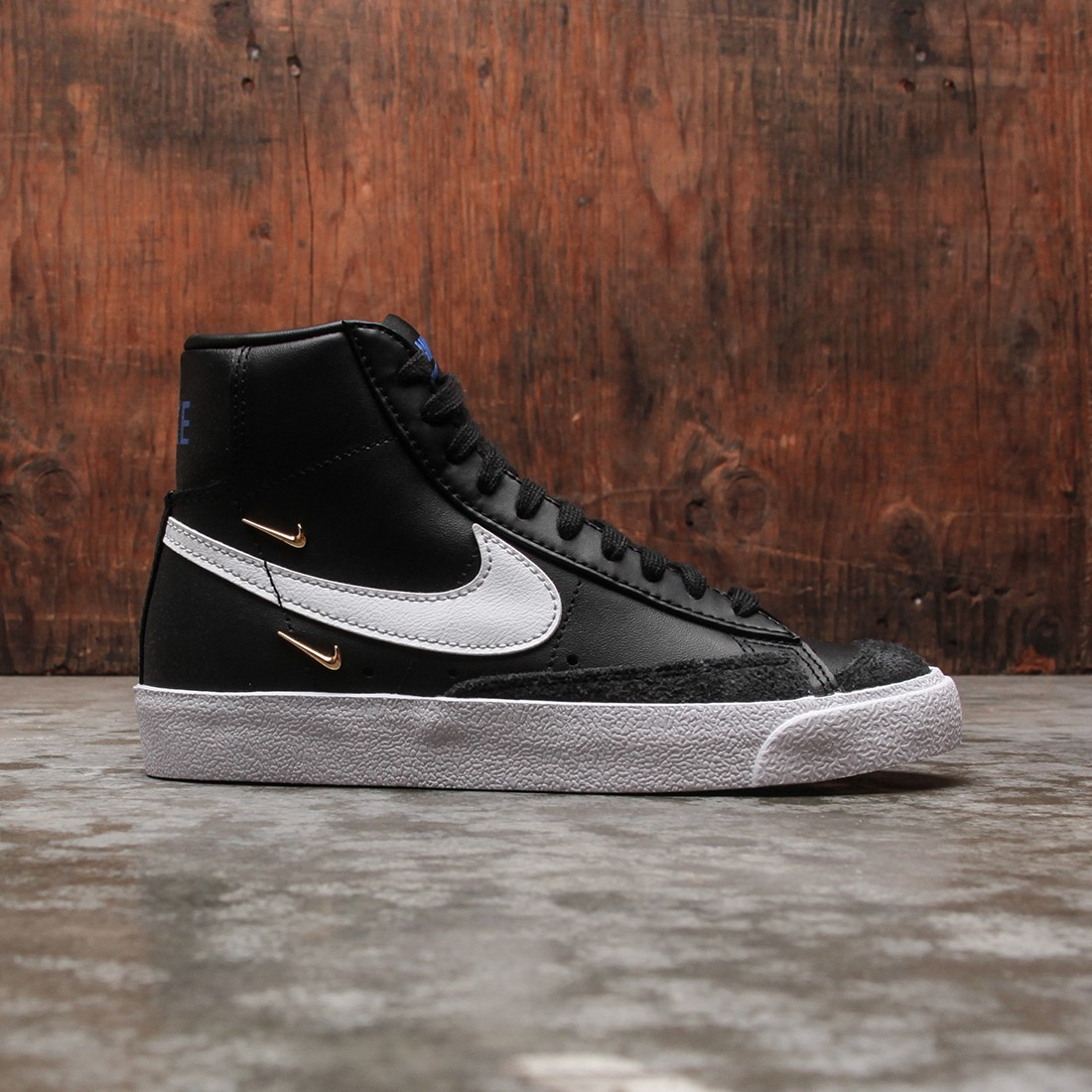 Nike Women Blazer Mid '77 Se (black / white-hyper royal-white)