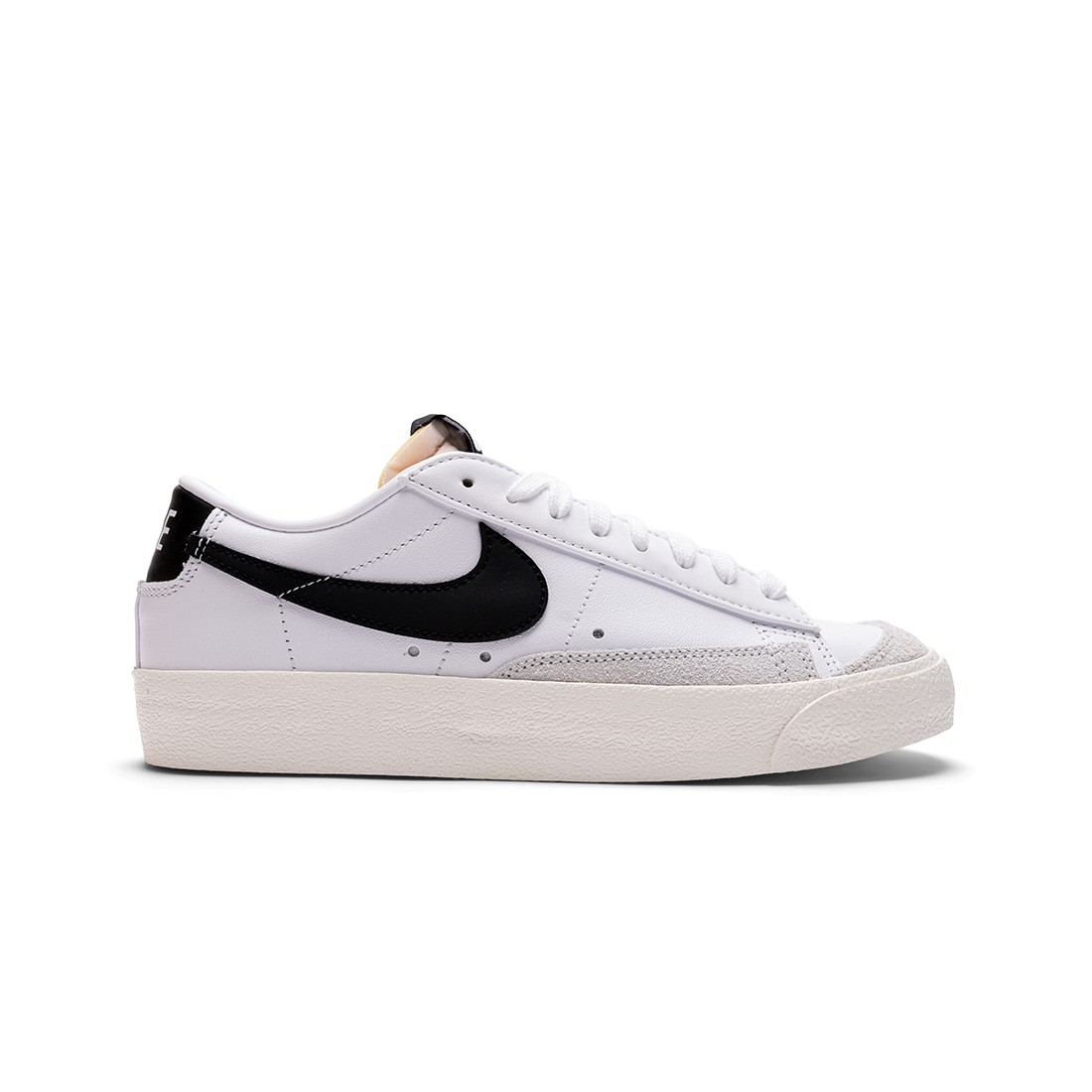 Nike Women Blazer Low '77 (white / black-sail-white)