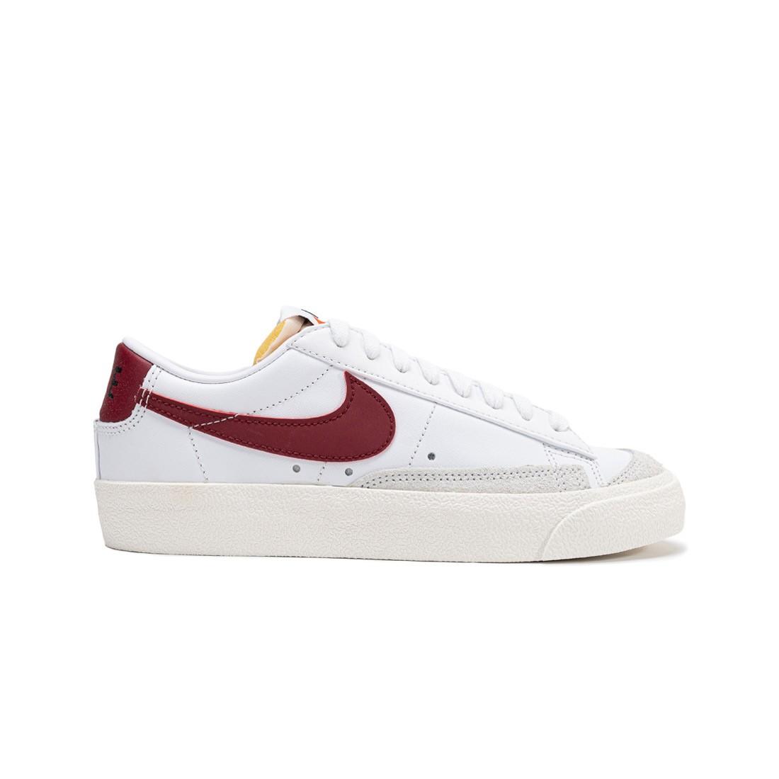 Nike Women Blazer Low '77 (white / team red-white-sail)