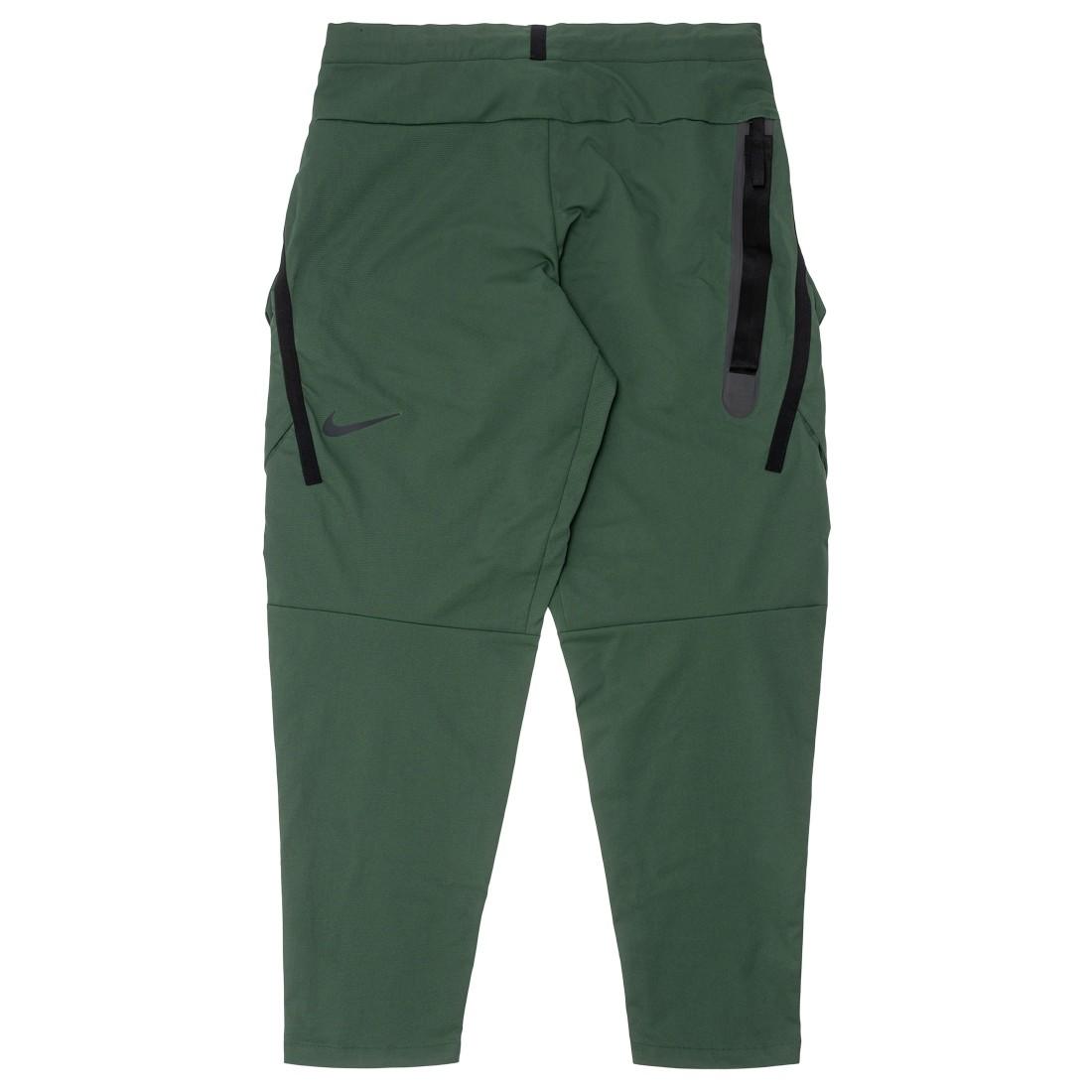 Nike Men Sportswear Tech Pack Pants (galactic jade / black / black)
