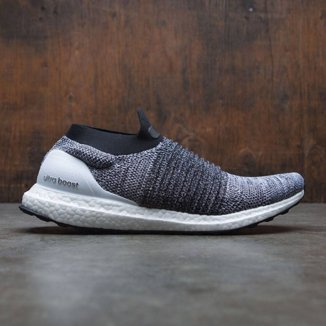 super cheap a0bcd 6a0e2 Adidas Men UltraBOOST Laceless white footwear white core black
