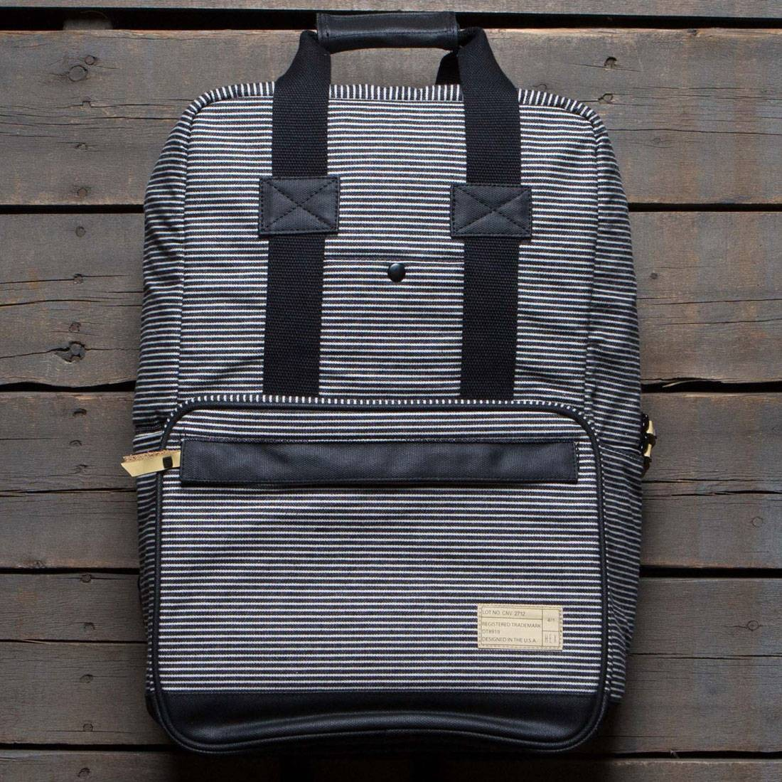 Hex Convertible Backpack (black / stripe)