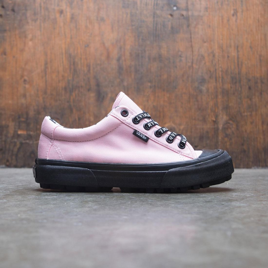 Vans x Lazy Oaf Women Style 29 (black / blossom)