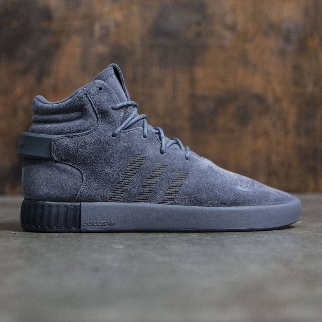 the latest e4a56 cf067 Adidas Men Tubular Invader (gray / onix / black)
