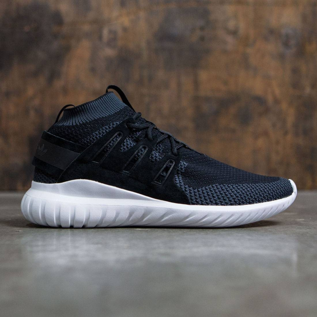 Adidas Men Tubular Nova Primeknit black dark grey vintage white 85e665992