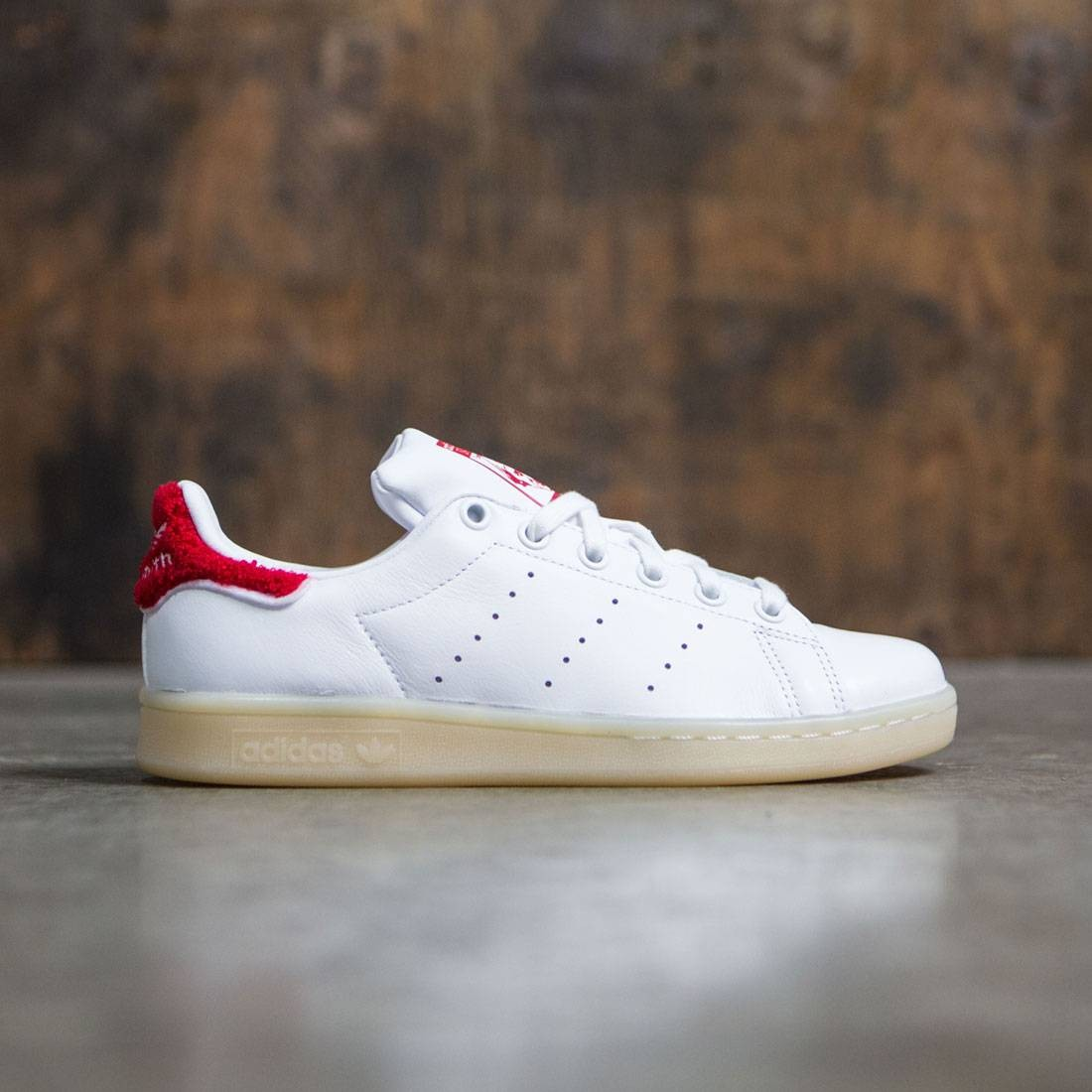 check out 272b8 9a3bd white and red stan smiths