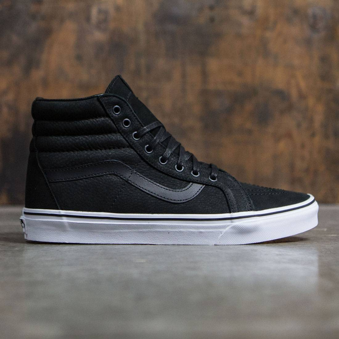 34a85d7eeb Vans Men SK8-Hi Reissue - Leather black true white