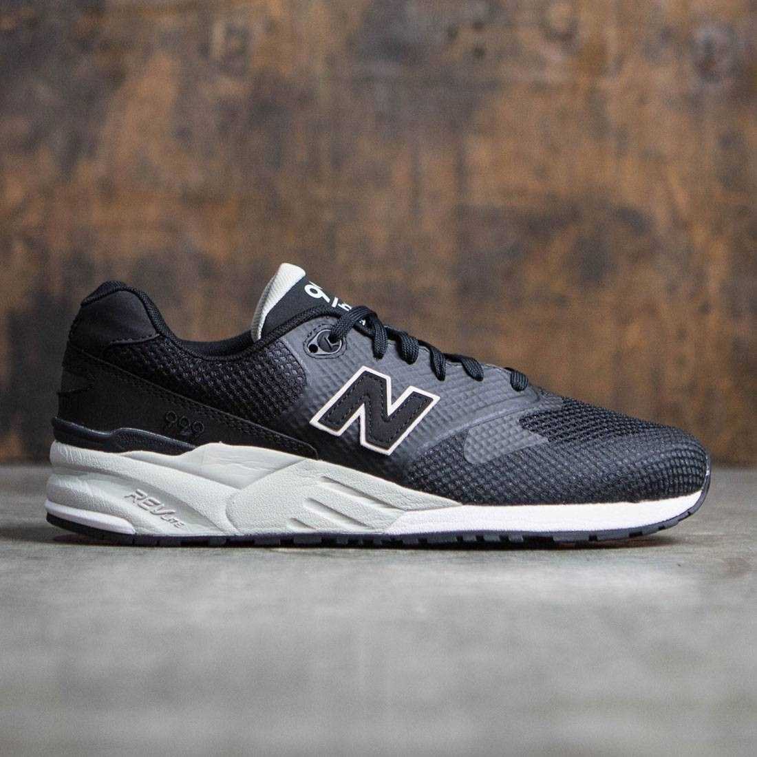 the latest 4eb2c 8c1e0 New Balance Men 999 Re-Engineered MRL999CD (black)