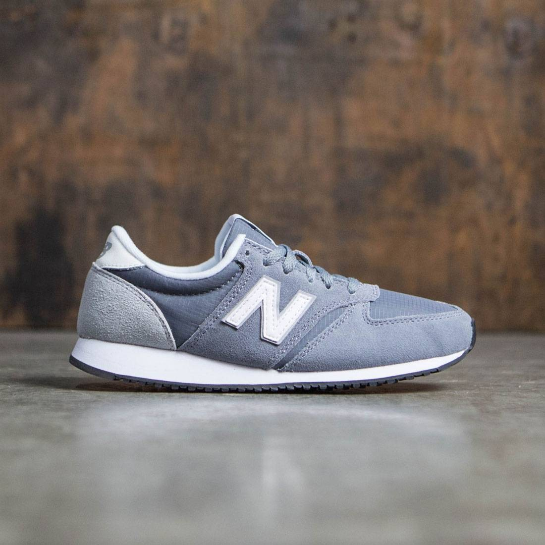 New Balance Black & Grey 420 Suede Trainers Schuh at