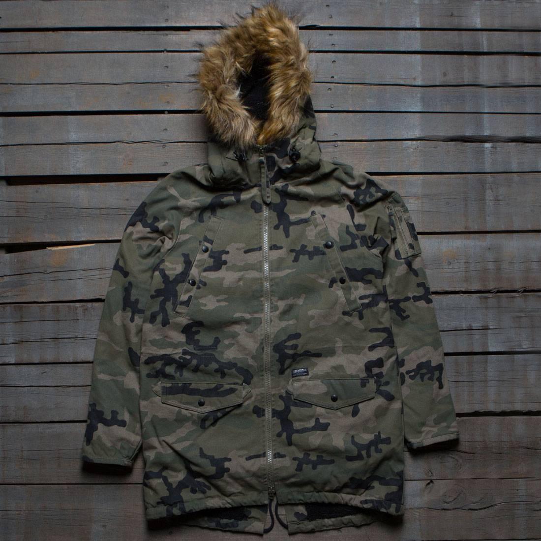 10 Deep Men Surplus Snorkle Jacket (camo / fade woodland)
