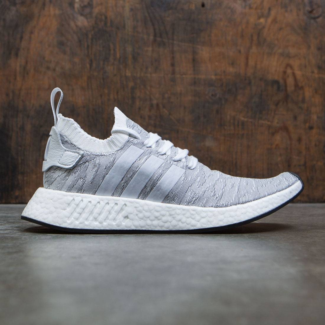 Adidas Men NMD R2 Primeknit (white footwear white core black)