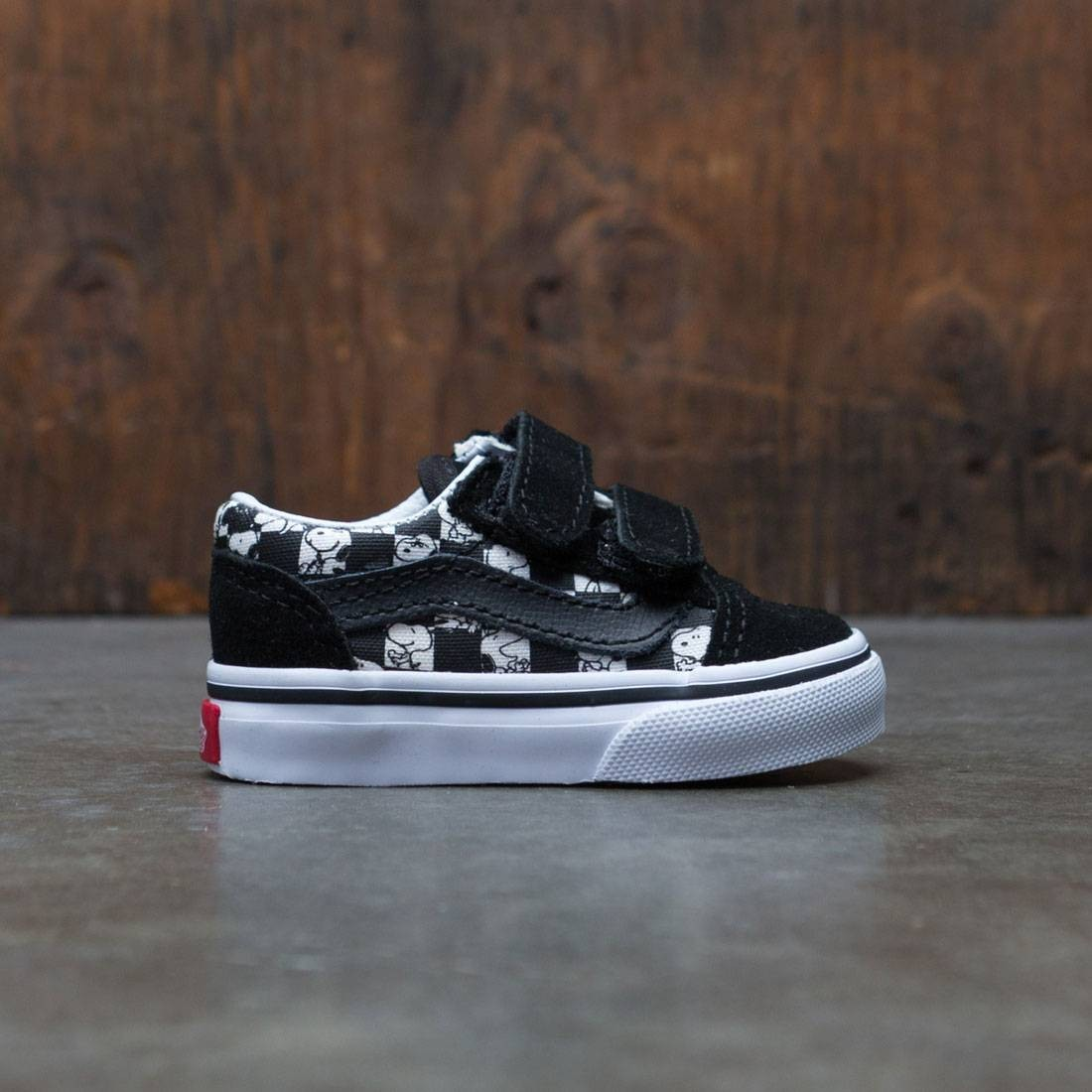 vans x peanuts old skool