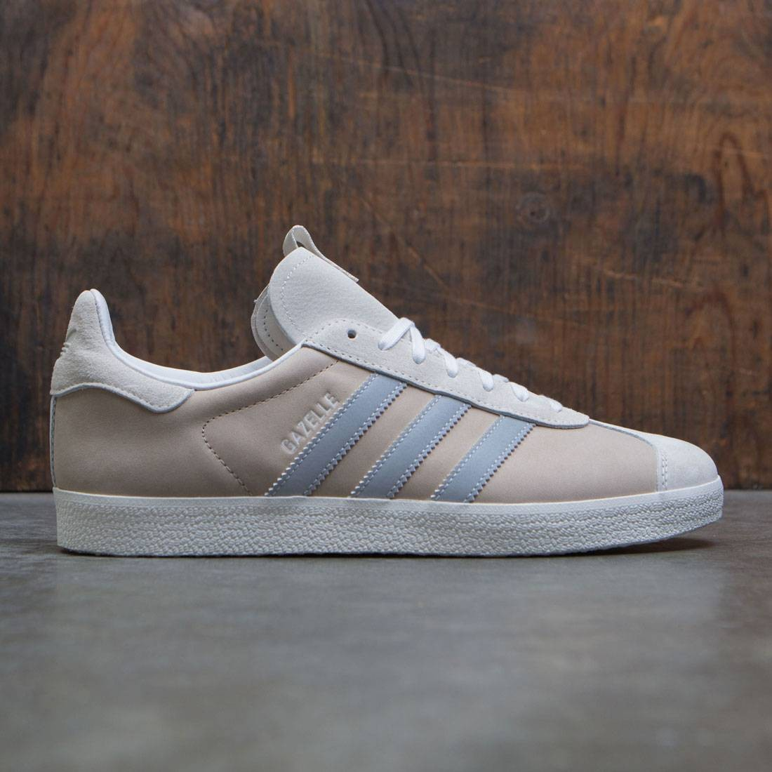the best attitude 1305a 8343e Adidas Consortium x Alife x Starcow Men Gazelle Sneaker Exchange white  chalk white