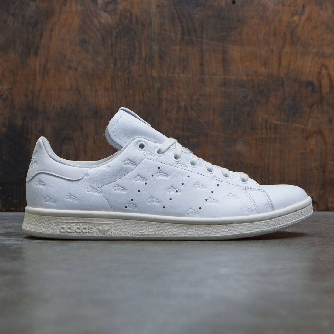 outlet boutique online retailer running shoes Adidas Consortium x Alife x Starcow Men Stan Smith Sneaker Exchange (white  / chalk white)