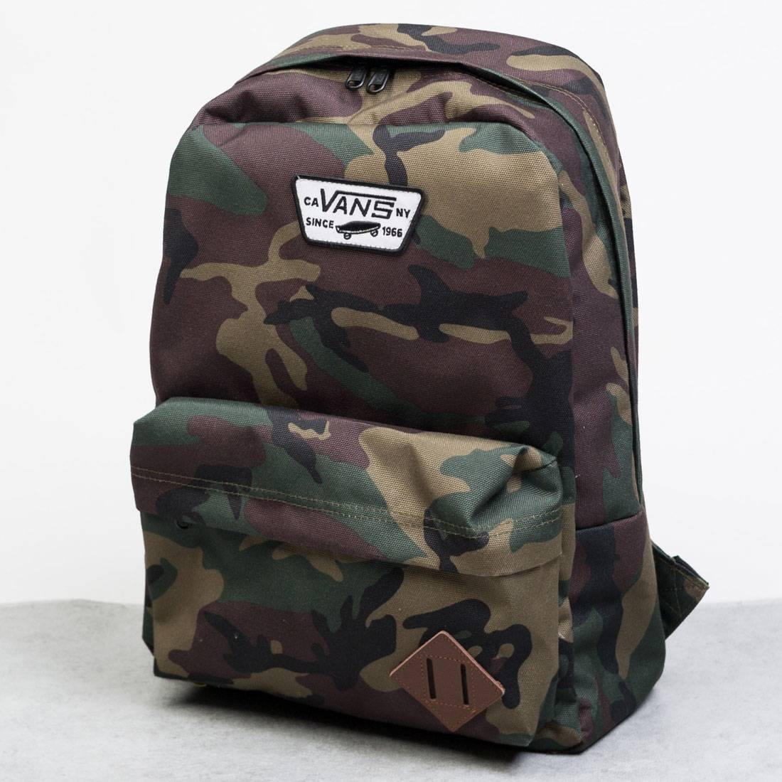 62d6cd1df2d Vans Old Skool II Backpack camo