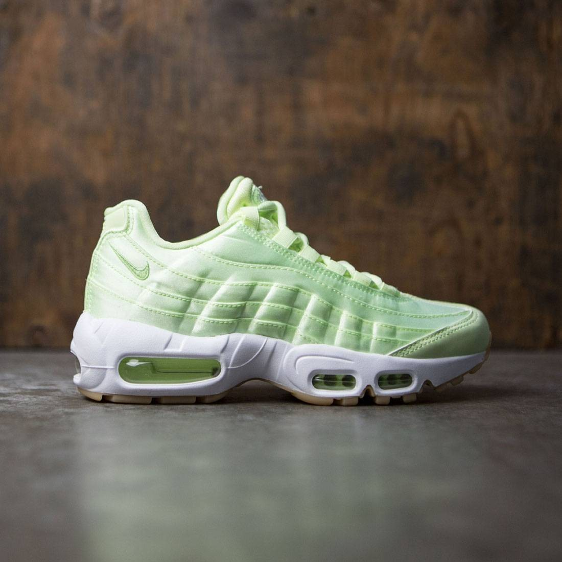 huge discount 78f31 2af5a ... discount code for nike women wmns air max 95 wqs green lt liquid lime  white 0326c