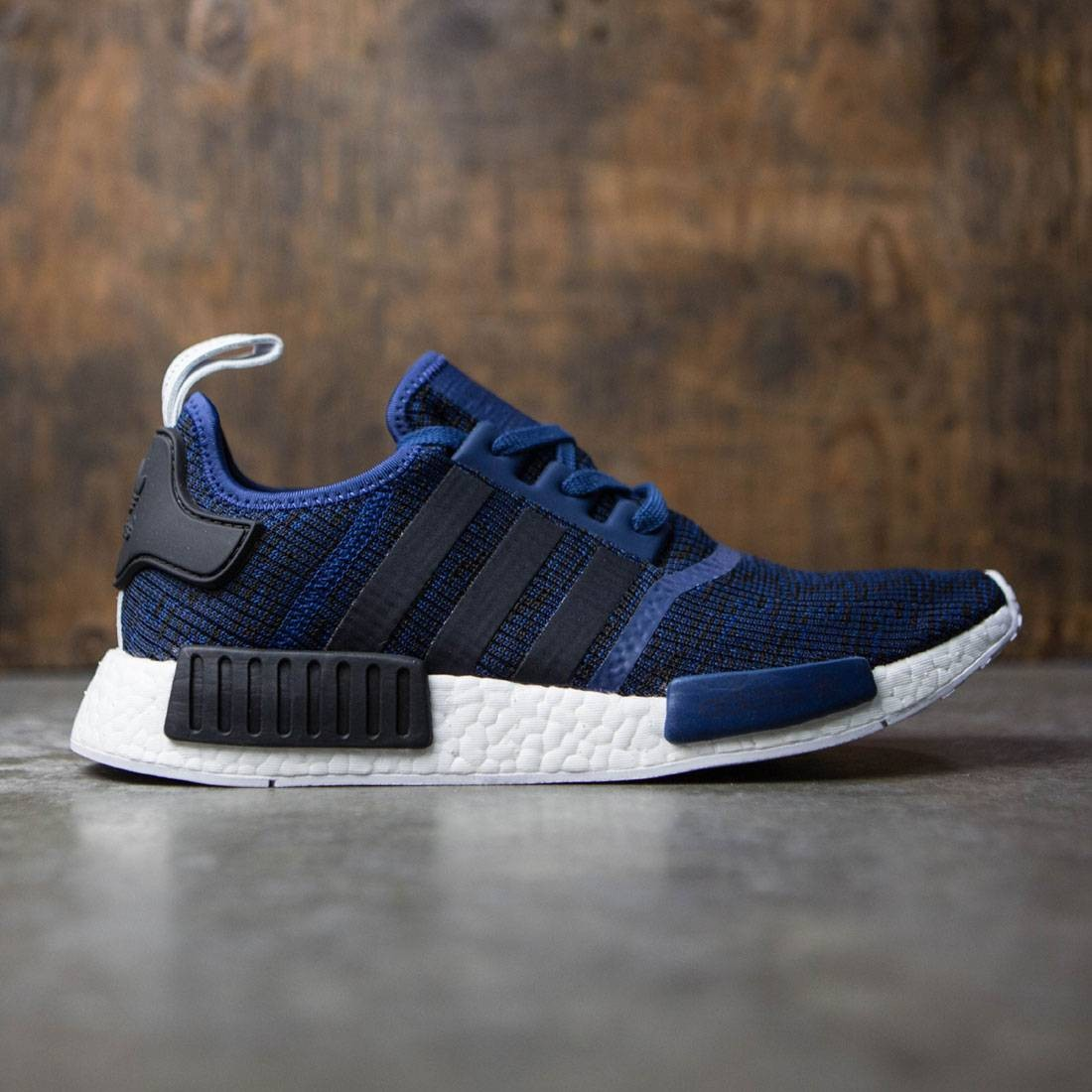 4d6d8657e3838 Adidas Men NMD R1 blue mystery blue core black collegiate navy