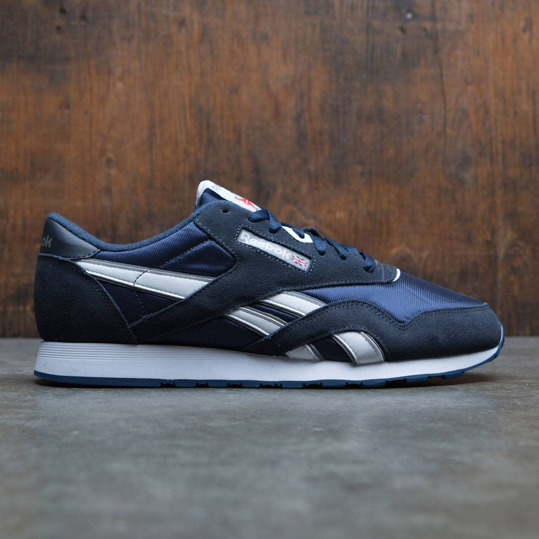 e54dfc2379f Reebok Men Classic Nylon navy team navy platinum