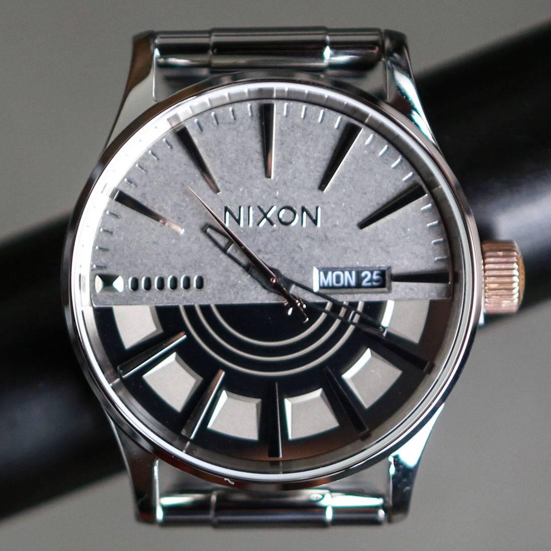 c3dc000669f Nixon x Star Wars Sentry SS Watch - Captain Phasma silver