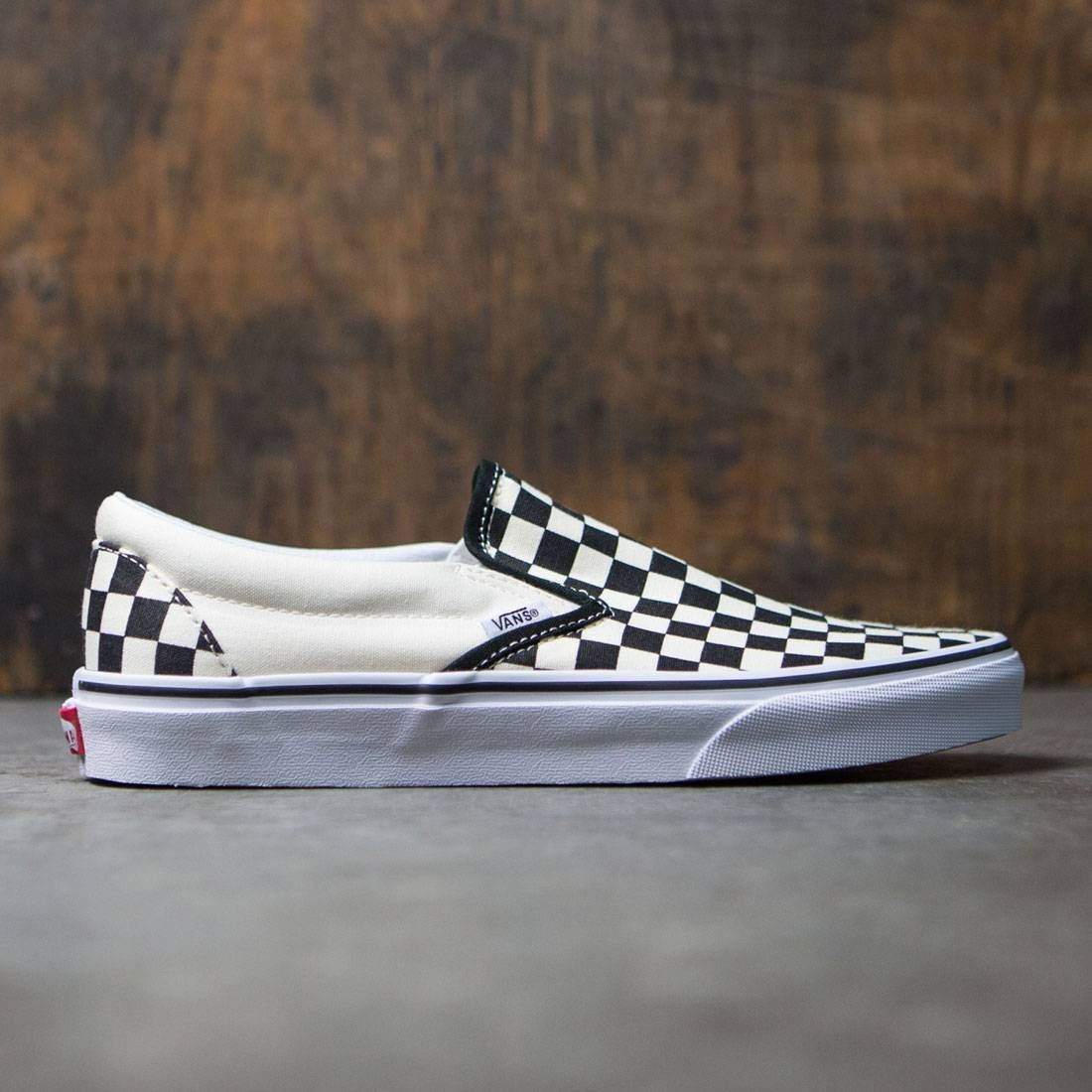 eb5df611cc1 Vans Men Classic Slip-On black white checker white