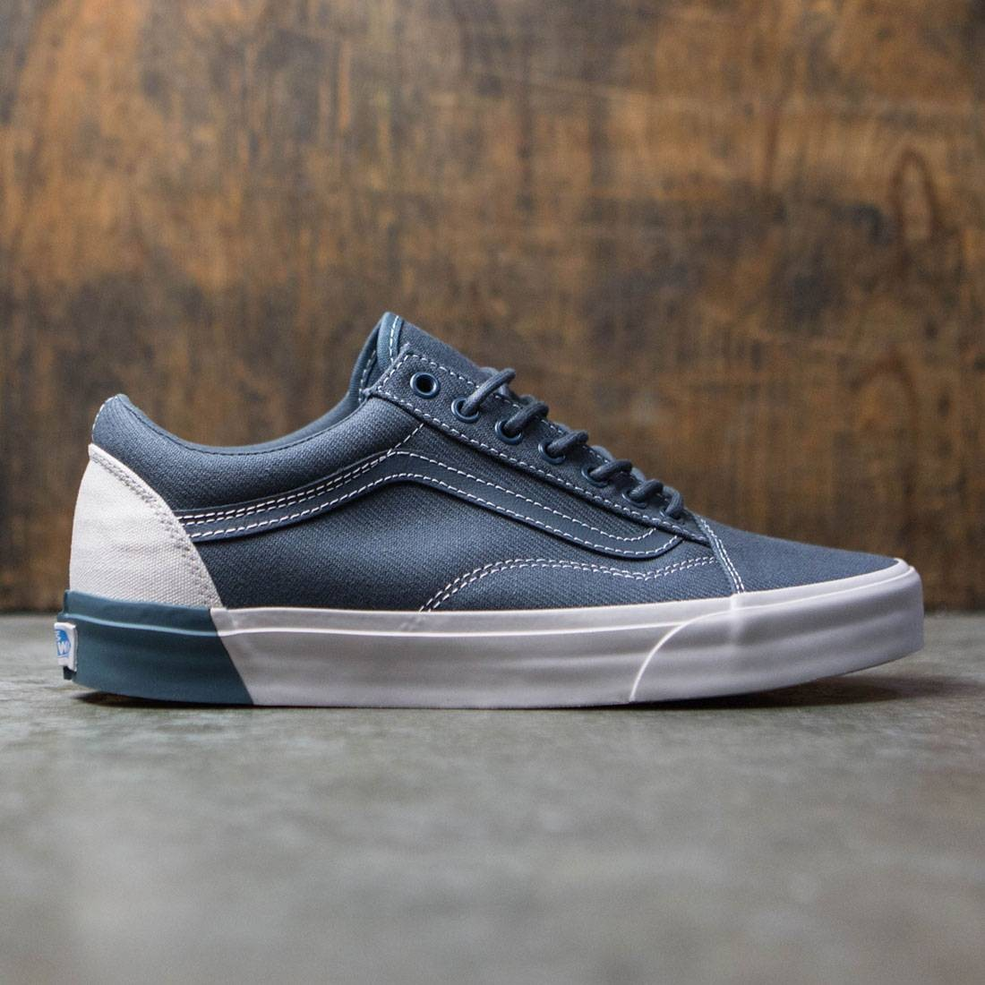 74a967abb105 Vans Men Old Skool DX - Blocked gray  white