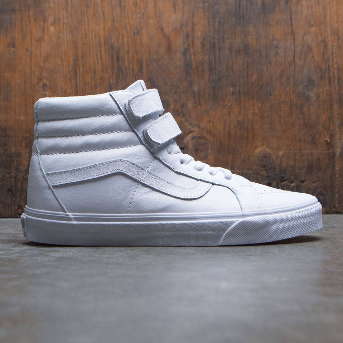 7aa695bd33 Vans Men SK8-Hi Reissue V - Mono Leather white true white